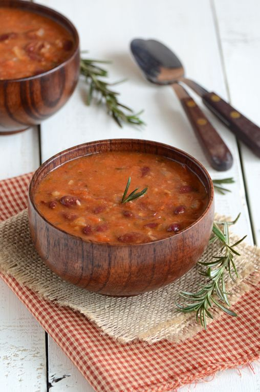 Rosemary Red Bean Soup - looks incredibly easy to make!