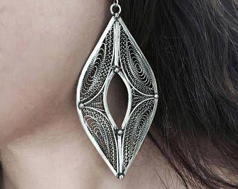 pendientes de alambre fino, dangle plata grande, aretes de filigrana, pendientes elegantes, pendientes tradicionales, populares aretes, pendientes de elf, triángulo earr