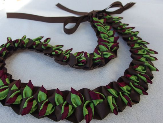 Smokey green heliconia flat ribbon lei by AlohaRib…