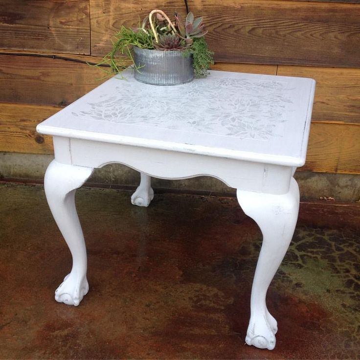 Side table makeover from The Nest in Bonners Ferry Idaho using Superior Paint Co. Bone White