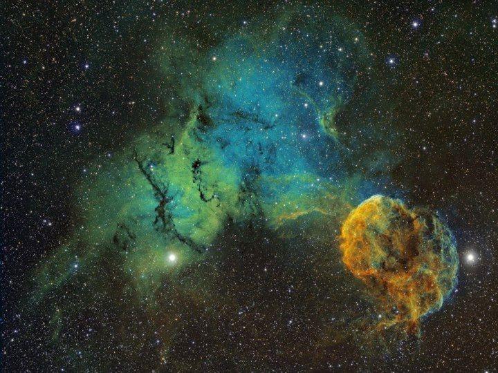 IC 443 (Jellyfish Nebula) | Sky | Pinterest