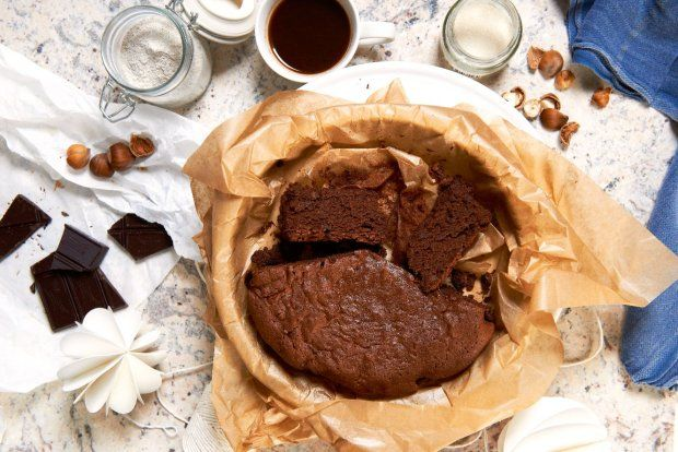 Ciasto gryczane z orzechami i czekoladą