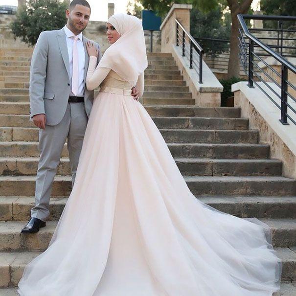 Les 25 meilleures id es de la cat gorie robes de mariage - 30 ans de mariage noce de quoi ...