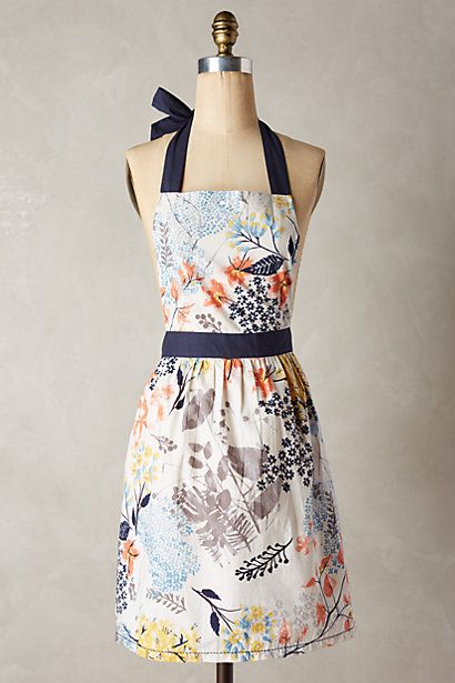 Nothing deceives the world into thinking a girl has it all together like an adorable apron! Botanist Knoll Apron #anthropologie