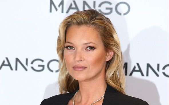 Kate Moss Measurements, Height, Weight, Bra Size, Age