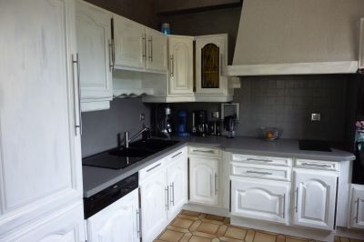 cuisine rustique relook e cuisine. Black Bedroom Furniture Sets. Home Design Ideas