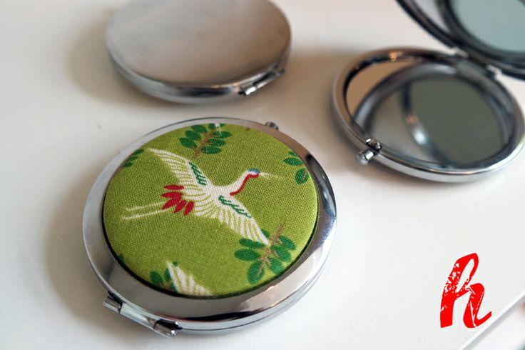"""Taschenspiegel """"Kranich"""" von HABSELIGKEITEN auf DaWanda.com"""