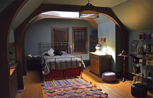 Violet Harmon's bedroom (American Horror Story) ahg perfect room