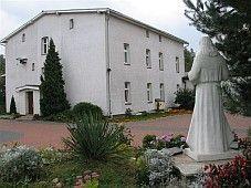 Szlaki św. Siostry Faustyny - klasztor w Kiekrzu