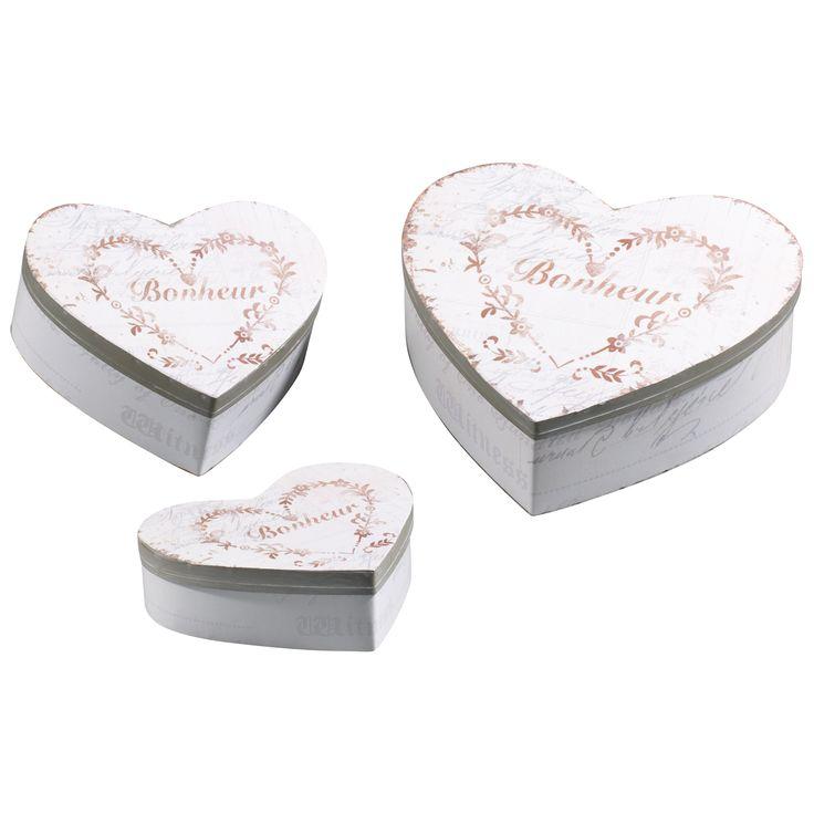 SET 3 SCATOLE CUORE IN METALLO A255   Dimensioni scatole: 13,5x11,5x4cm./16,5x15x5,8cm./21x19,5x6,7cm.