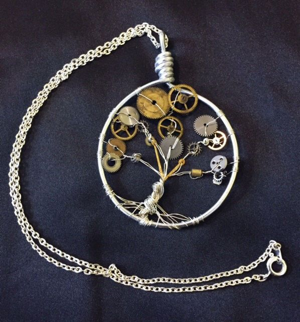 Steampunk tree of life by EarthDiverCreations on Etsy https://www.etsy.com/ca/listing/473753156/steampunk-tree-of-life