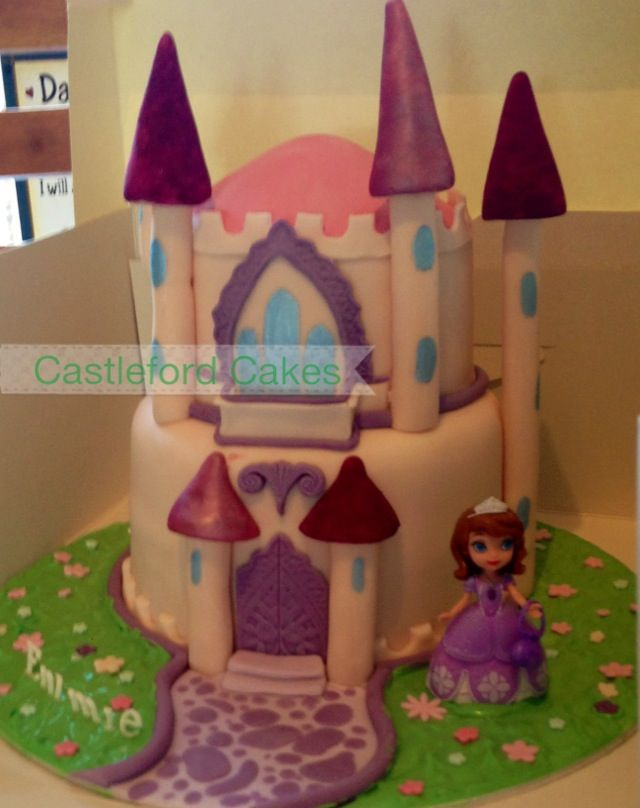 princess sofia castle cake