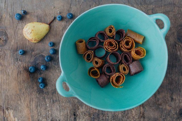 Homemade fruit roll-ups for children! #homemade #vegan