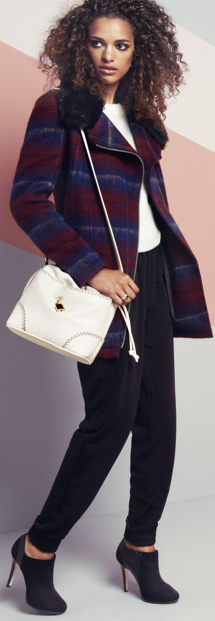 Cute handbag for spring / summer 2015 - house of fraser - read tips for travel bags - (article) - http://www.boomerinas.com/2013/02/02/best-crossbody-bags-for-travel-women-over-40-50-60/