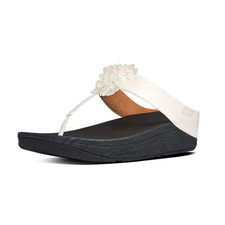 Browse FitFlop's women's sandal range & choose from über-comfortable & fun  flip flops, luxurious ladies' leather slides, waterproof jellies & pool  shoes.