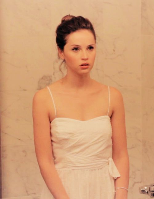 Felicity Jones in Like Crazy, her wedding dress on that movie is so simply cute
