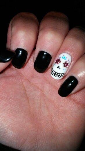 Sugar skull nail. True elegance salon. Omaha Ne