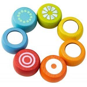 Haba 3869 - Drewniany Gryzak Tęcza z Okrągłymi Elementami na elastycznej gumce. Zabawka rekomendowana jest dla dzieci od 10 miesięcy