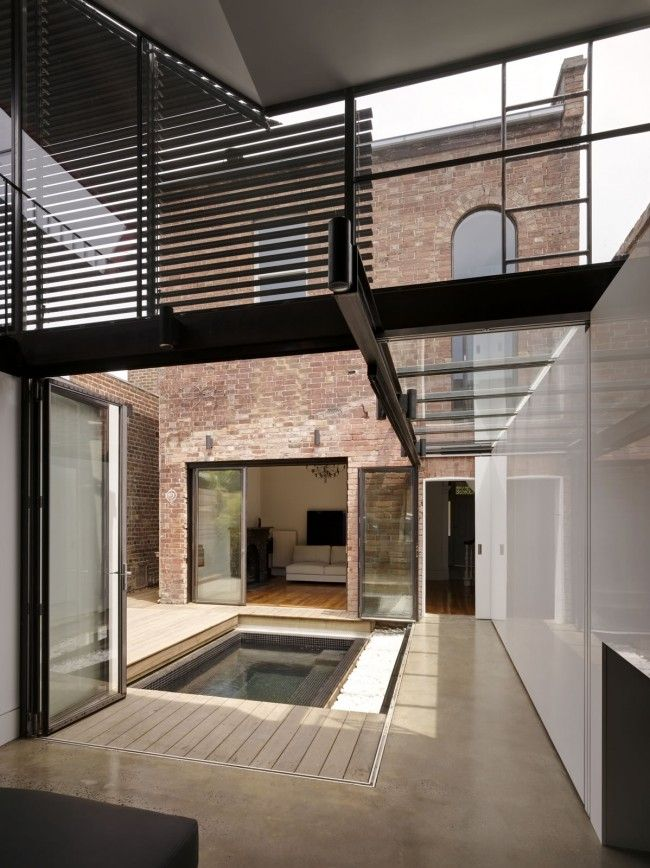 Creative architecture breathes new life into Victorian terrace | Designhunter - architecture