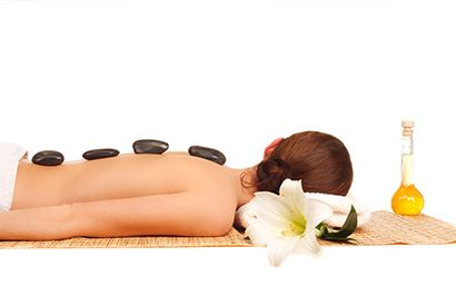 Massage restores balance and wellbeing enabling our bodies to move freely and rejuvenate. Skilled Massage therapists at Harbour Day Spa will customise your massage whether its for relaxation, remedial or reflexogy. | Cleveland #rabybay #dayspa