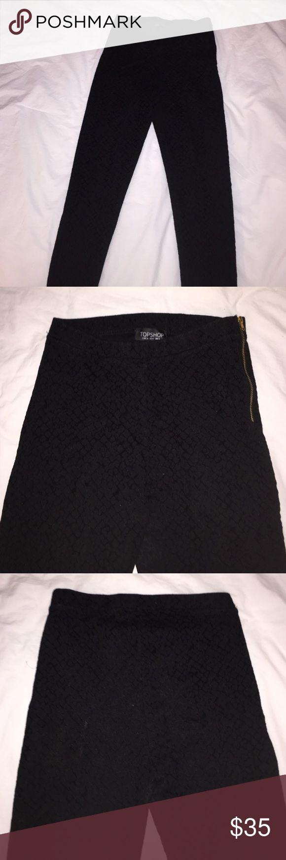 Topshop size 4, black textured leggings w/ zipper Black Topshop leggings with velvet patterned texture, gold zipper on left side, lightly worn, size 4 Topshop Pants Leggings