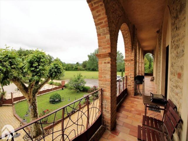 Achat Local Commerce Avignon 84000 A 1 600 000 1870262 En 2020 Terrain Constructible Achat Maison Vente Maison