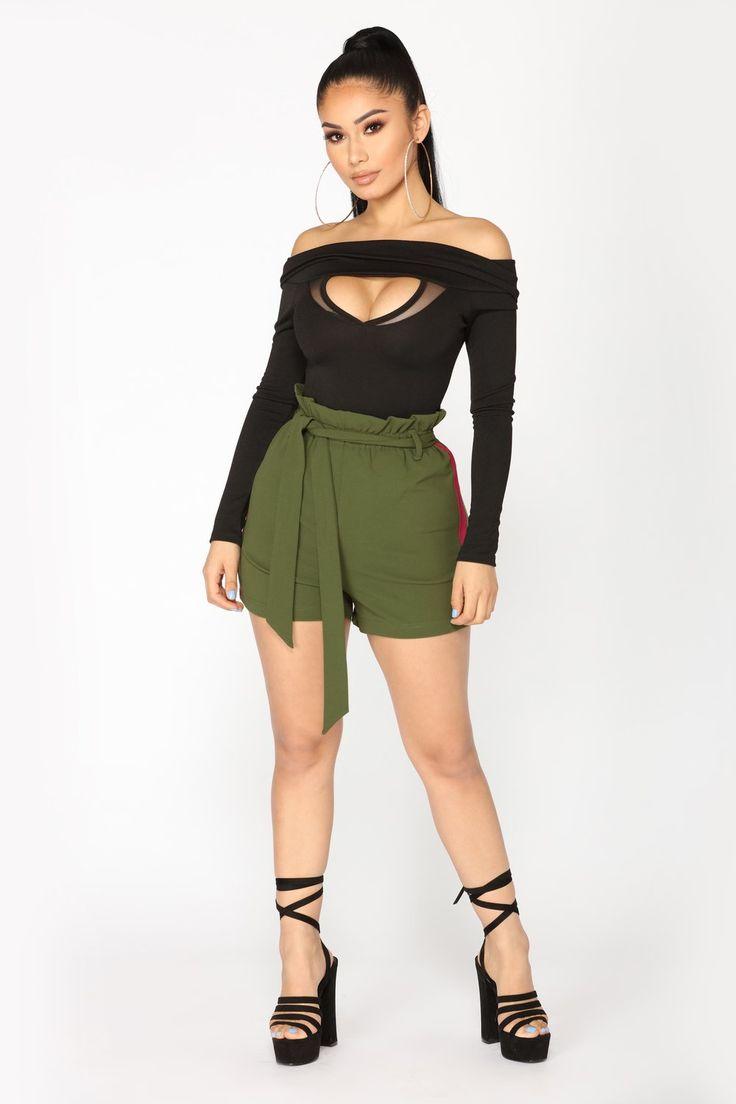 Sara Waist Tie Shorts - Green/Red