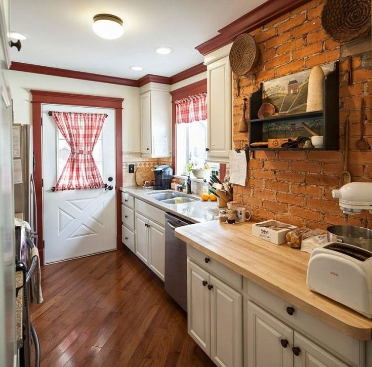 classic kitchens cabinets 25 best ideas about office room on 5433