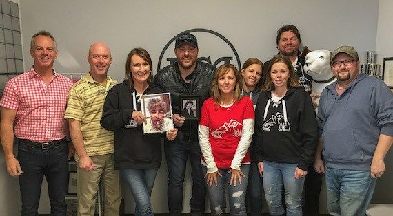 In Pictures: Chris Young, BMLG, The Band Perry, WMN, Ringside: A Fight For Kids, Storme Warren : MusicRow – Nashville's Music Industry Publication – News, Songs From Music City
