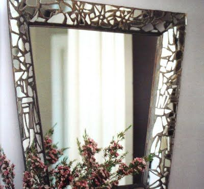 144 best mosaics with mirrors images on pinterest mosaic for What to do with broken mirror pieces