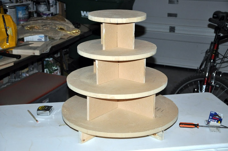 how to make a wooden cake / cupcake stand