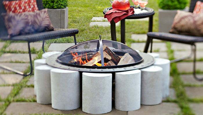 Movable Concrete Fire Pit- Incorporate a freestanding fire pit into your patio with a ring of concrete cylinders.