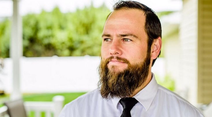 Shay Carl Net Worth: How rich is the author now