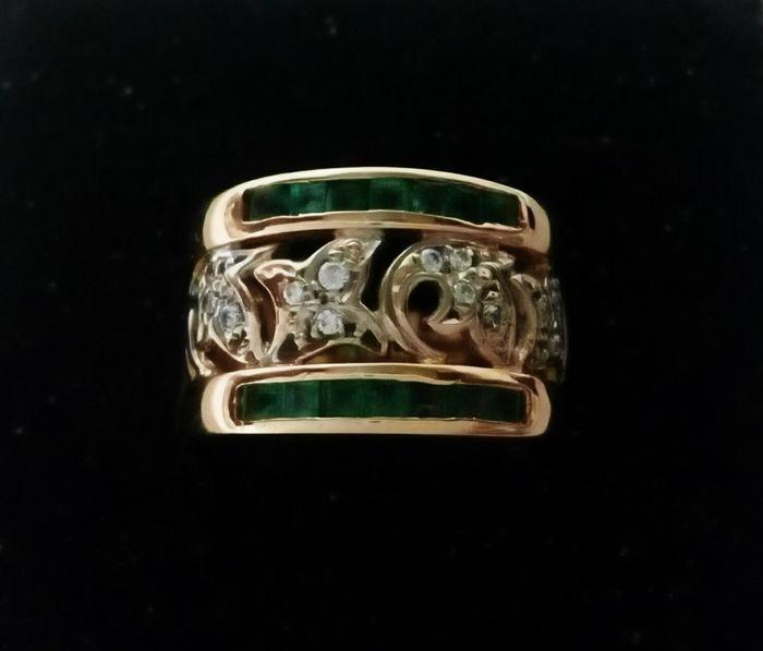 Online veilinghuis Catawiki: Geel- en witgouden ring met smaragden en zirkonia's