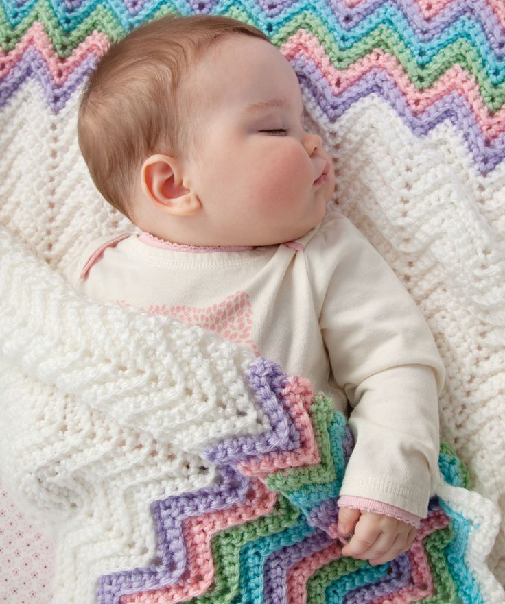 Free Crochet Pattern for Rickrack Baby Ripple Blanket.  This classic baby blanket can be crocheted in any colours and always look perfect!