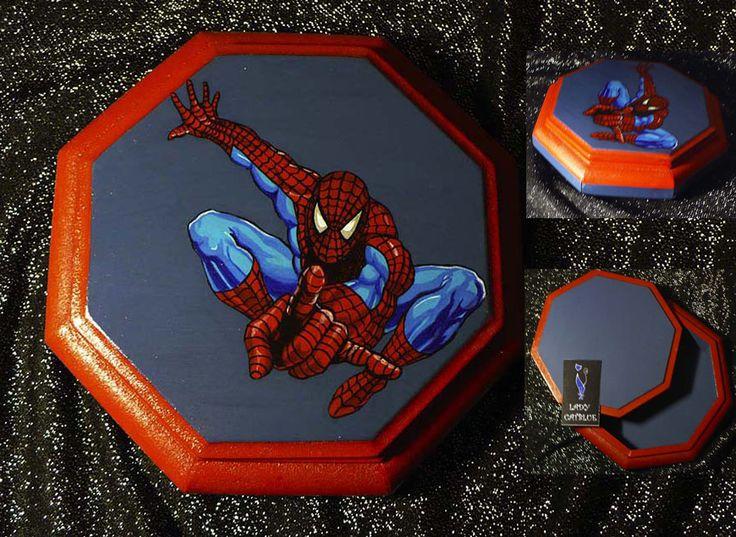 Caja Spiderman 18x18 cm.
