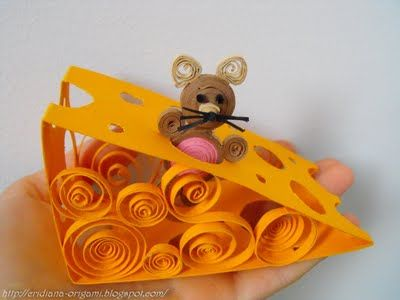 3-D Quilling - Mouse in the cheese. I'm never going to try these, but I sure think they are amazing.