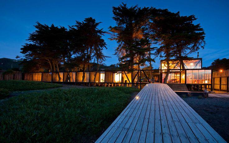 Hotel Surazo in Mantanzas, Chile