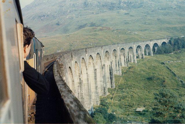 Glenfinnan Viaduct on the West Highland Line, Scotland.Hogwarts, Scottish Highlands, Paulo Coelho, Training Travel, Training Riding, Harry Potter, Crosses, Bridges, Vintage Clothing
