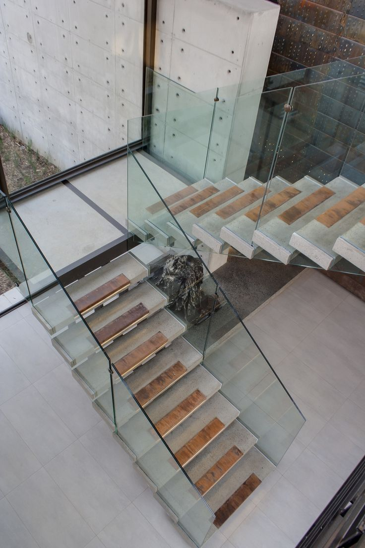 staircase in house boz by nico van der meulen architects