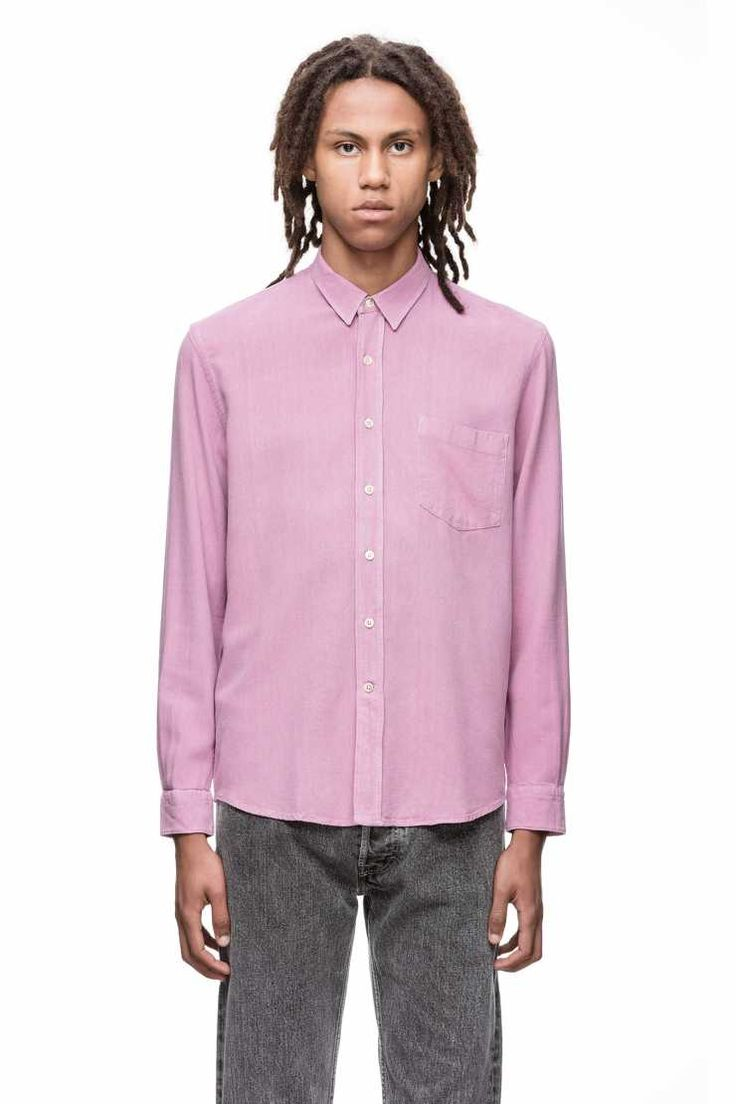 Lilac shirt by our Legacy. This colour is one of my favourite. 100% chinese raw silk.  I am dreaming.