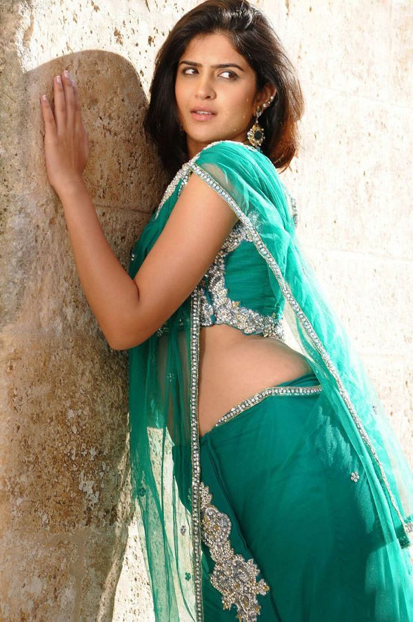 Hot and Unseen Photoshoot Pictures of Deeksha Seth