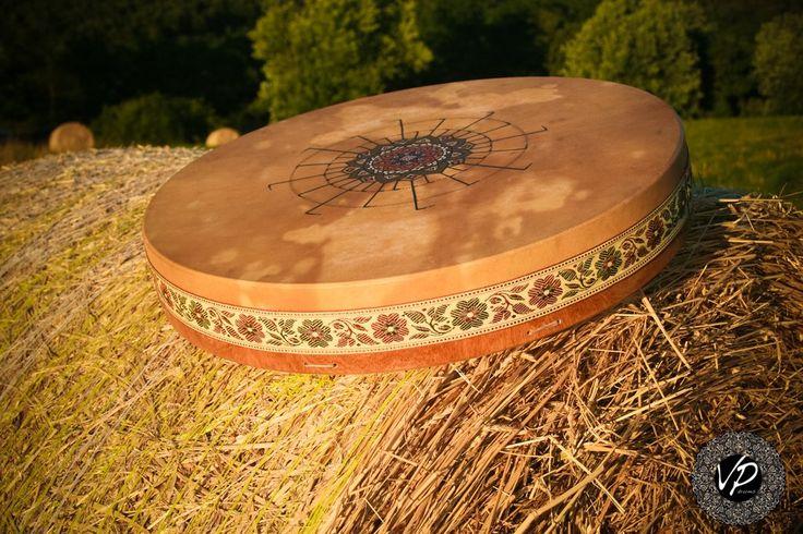 20' Shaman drum, Frame drum, Stage drum,Deer Hide paited with herbs                      – VPdrums