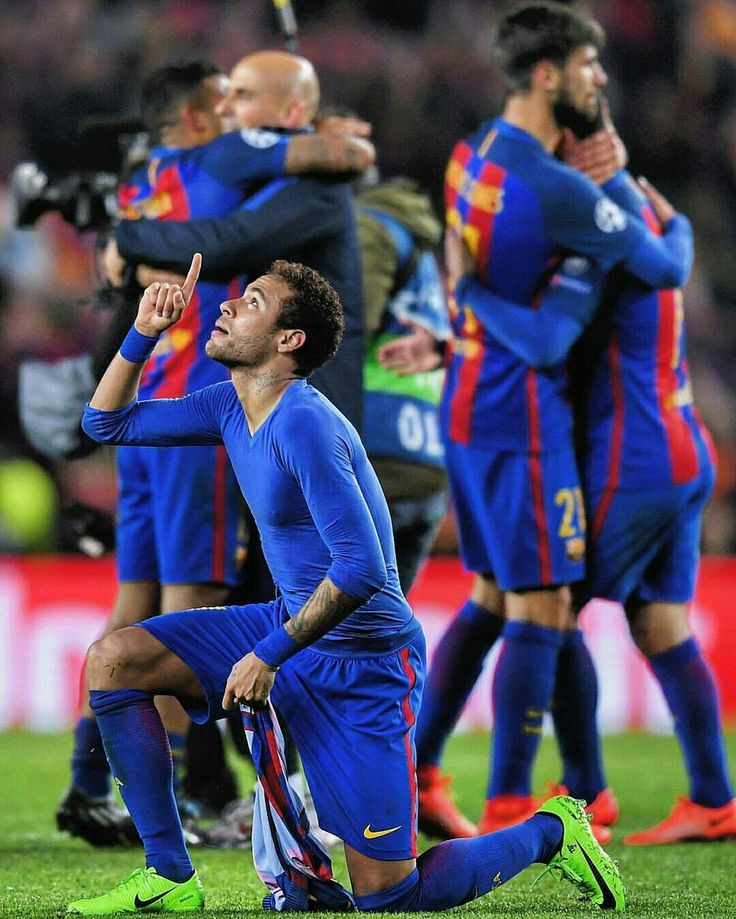 #Neymar points to the heavens. #Barcelona #UCL