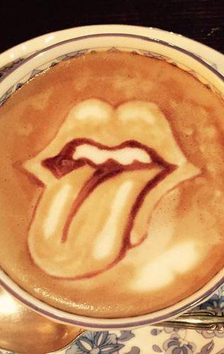 Bleeh! Mouth Latte Art