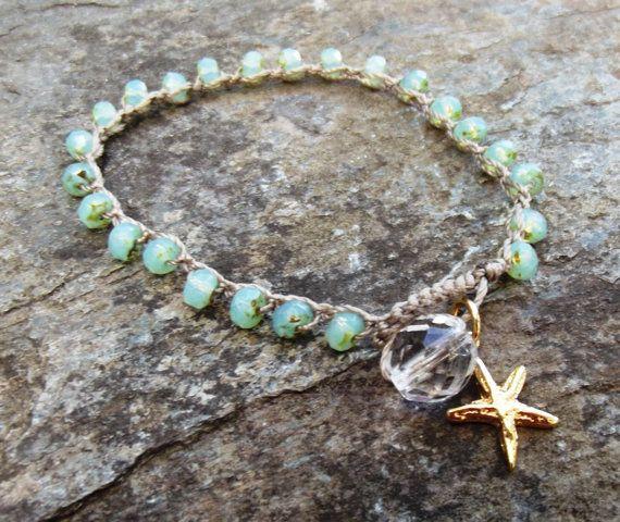 Bracciale crochet Beachy-opal verde di di NimbleKnotsStudio