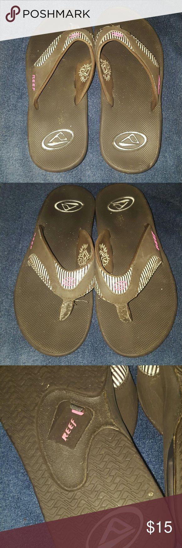 Reef Flip Flops Reef Women's Flip Flops with bottle opener on the bottom of the shoe. Reef Shoes Sandals