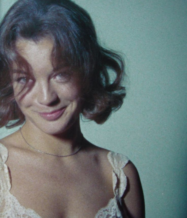 Romy Schneider on the set of L'enfer directed by Henri-Georges Clouzot, 1964