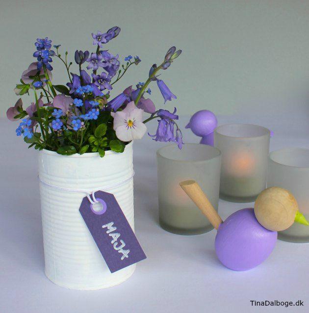 Idéer til fester - bordkort, bordpynt og blomster - her i genbrugs konservesdåser tinadalboge.dk