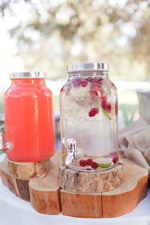 cool drinks before the outdoor ceremony